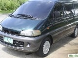 Photo Mitsubishi Space Wagon Automatic 2004