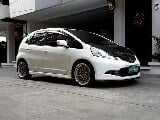 Photo 2009 Honda Jazz 1. 5 v a/t loaded 29tkms only...