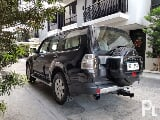 Photo 2010 Mitsubishi Pajero Gas 4x4