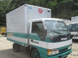 Photo Isuzu ELF 10FT ALUMINUM VAN 2006 Year 200K