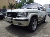 Photo 2003 Isuzu Trooper Auto White SUV