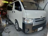 Photo 2019Toyota Hiace 3.0 Commuter White Manual