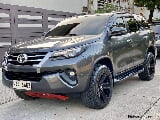 Photo Toyota Fortuner V 4X2 A/T