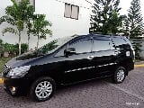 Photo Toyota innova 2012 G (manual diesel)
