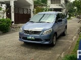 Photo 2013 Toyota Innova E Diesel