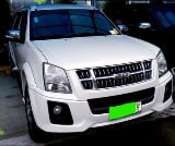 Photo Isuzu Alterra 2013 Urban Cruiser X 3.0l at