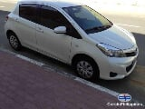 Photo Toyota Yaris Automatic 2012