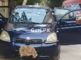 Photo Toyota Vitz 2000 for Sale in Karachi