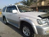 Photo Toyota Surf 2000 for Sale in Karachi