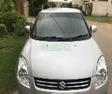 Photo Suzuki Swift DLX Automatic 1.3 2015 for Sale in...