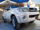 Photo Toyota Hilux 2010 for Sale in Karachi