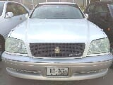 Photo Toyota Crown Royal Saloon 1999
