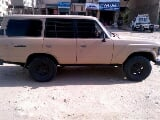 Photo Toyota land cruiser diesel model 82 white color...