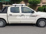 Photo Toyota Hilux 2011 for Sale in Lahore