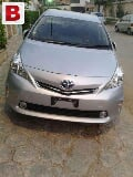 Photo Toyota Prius Alpha Model 2012 S Pkg...
